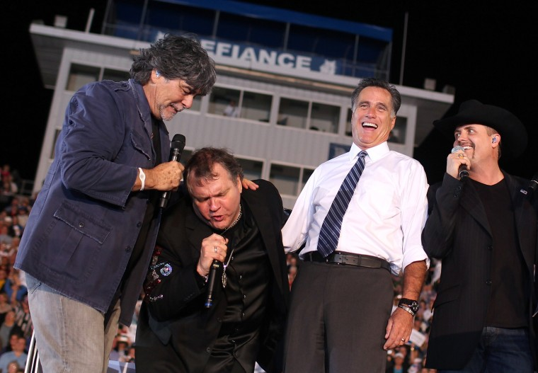 Image: Candidate Mitt Romney Campaigns In Crucial Swing States