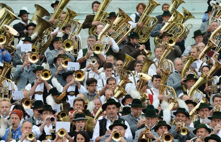 Image: TOPSHOTS-GERMANY-MUNICH-FESTIVAL-DRINK-LIFESTYLE-OKTOBERFEST