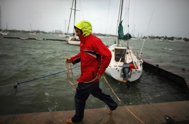Image: Hurricane Sandy's Winds Hit Florida Coast