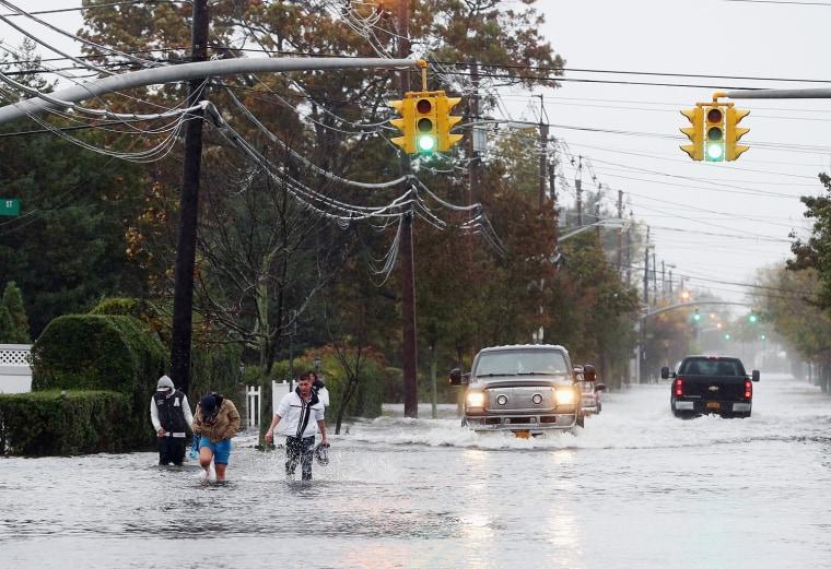 Image: Hurricane Sandy Bears Down On U.S. Mid-Atlantic Coastline