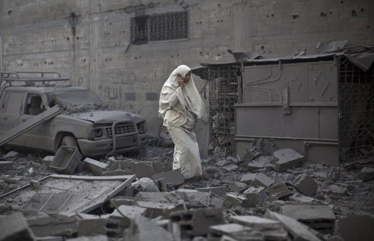 Image: Israeli airstrike in Gaza City