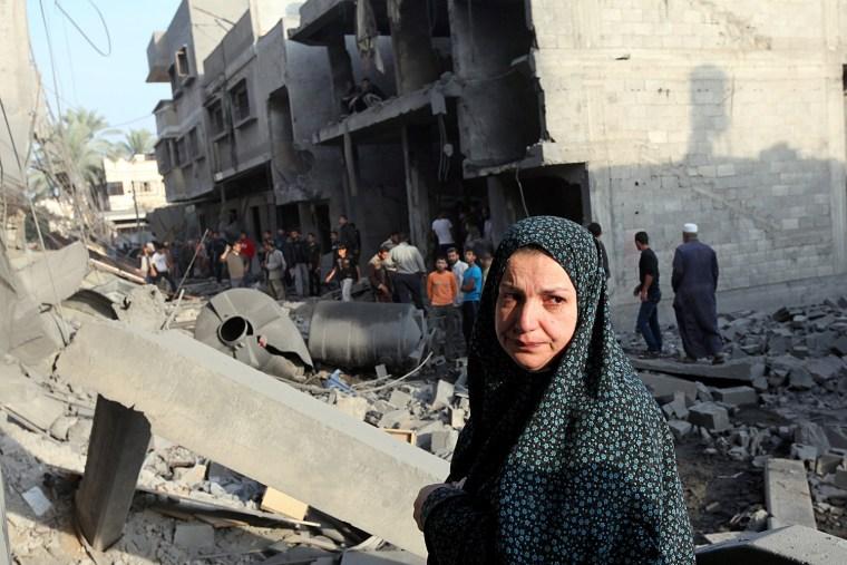 Image: Israeli air strike in the east of Gaza city