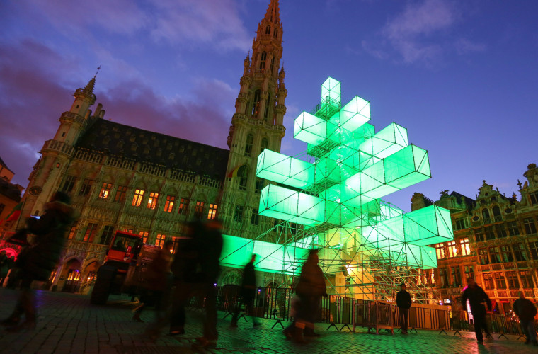 Image: Electronic Christmas Tree on the Grand Place in Brussels