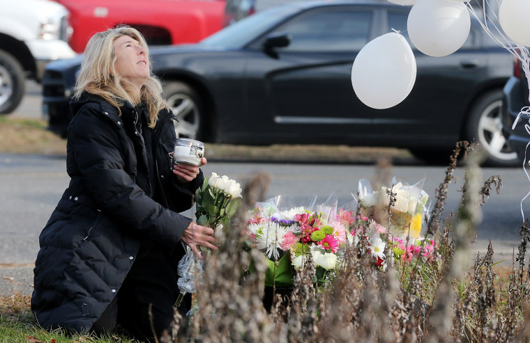Image: Connecticut Community Copes With Aftermath Of Elementary School Mass Shooting