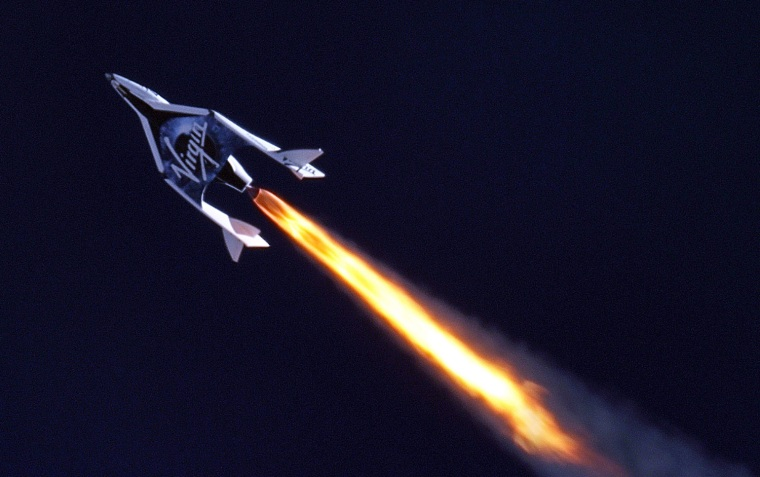 Image: Virgin Galactic's SpaceShip2 under rocket power for the first time ever