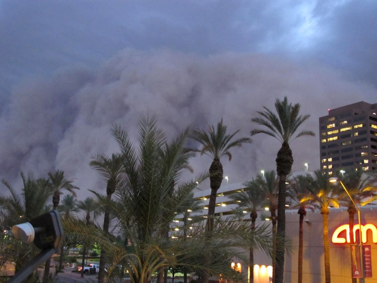 Image: A dust storm rolls into downtown Phoenix