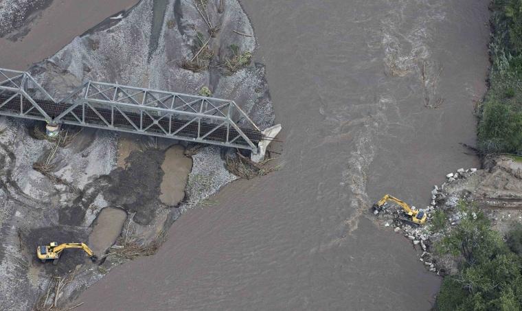 Floods ravage western Canada