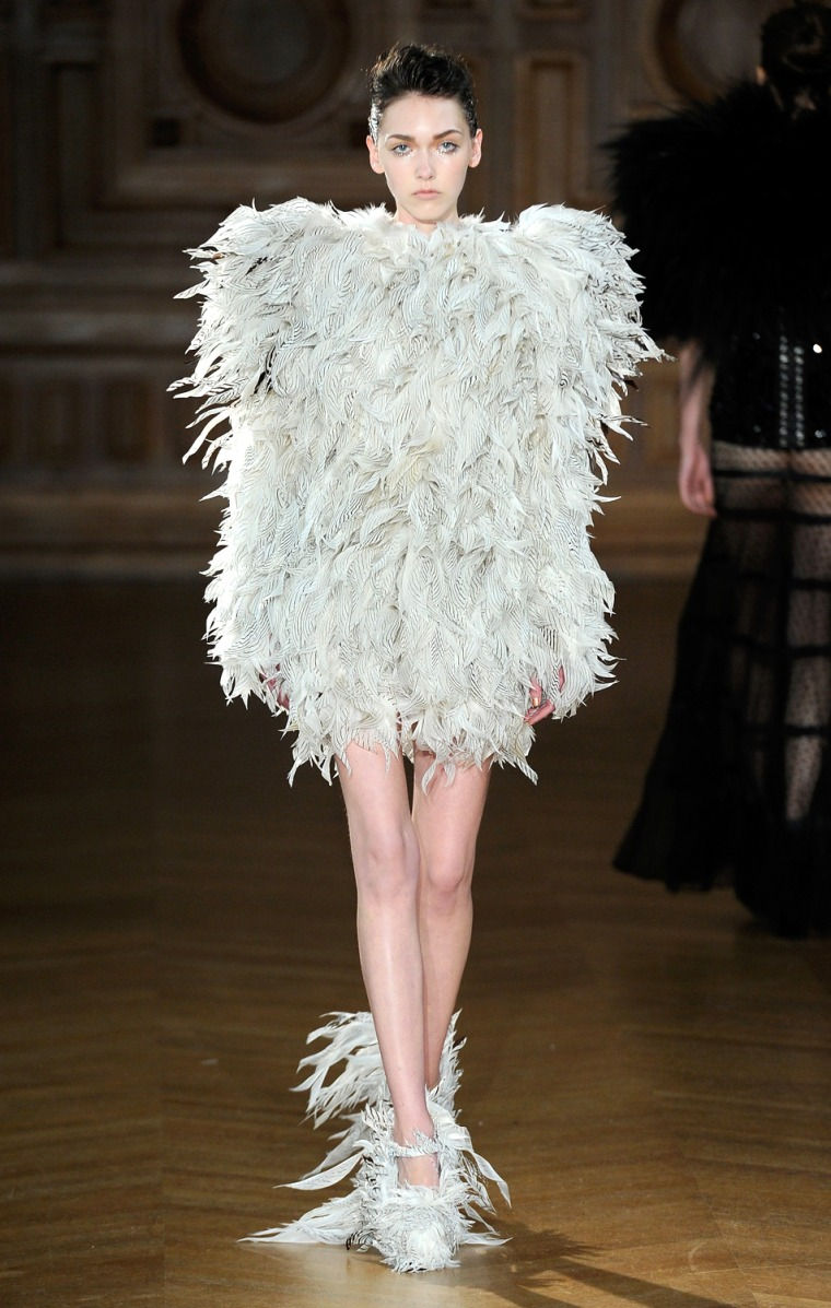 Image: Serkan Cura Couture : Runway - Paris Fashion Week Haute-Couture F/W 2013-2014