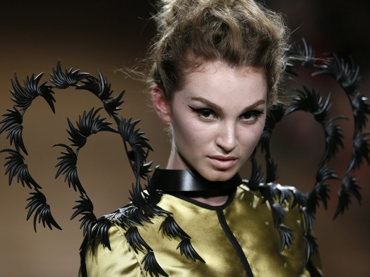 Image: Oscar Carvallo - Runway - Paris Fashion Week Haute Couture F/W 2014