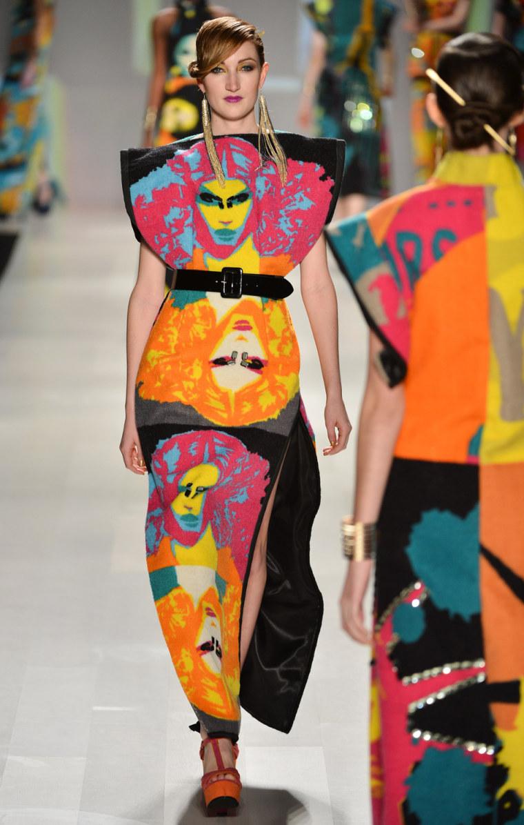 Image: World MasterCard Fashion Week Fall 2013 Collection in Toronto - KORHANI home - Runway