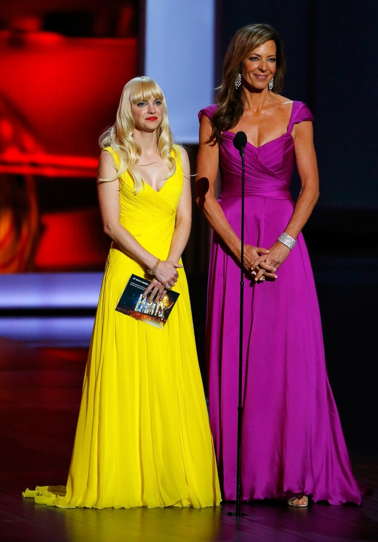 Image: Actresses Anna Faris and Allison Janney present the award for Outstanding Writing for a Miniseries, Movie or a Dramatic Special at the 65th Primetime Emmy Awards in Los Angeles