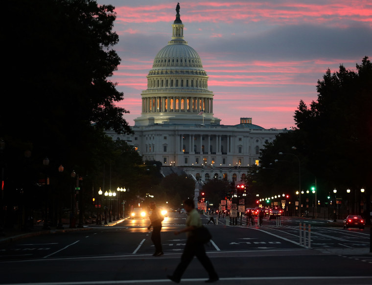 Image: Washington Landmarks Begin To Re-Open As Government Shutdown Ends