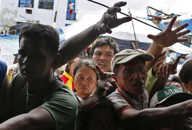 Image: Haiyan typhoon aftermath