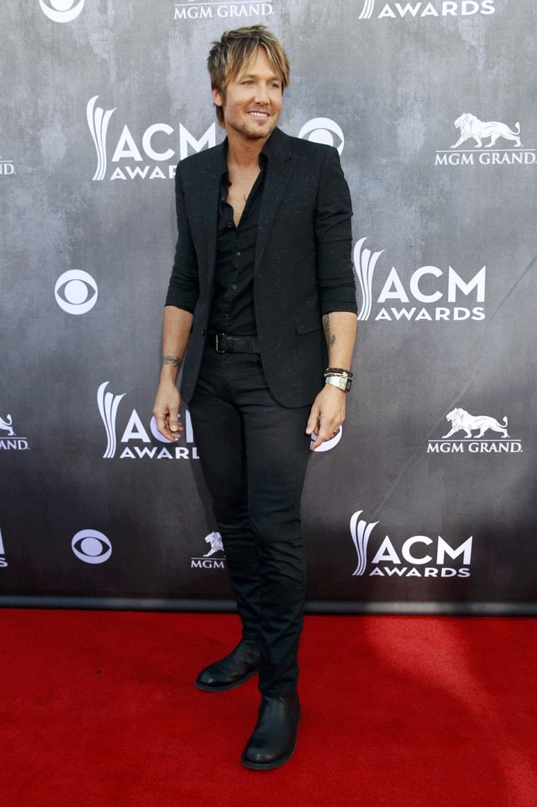 Image: Keith Urban arrives at the 49th Annual Academy of Country Music Awards in Las Vegas