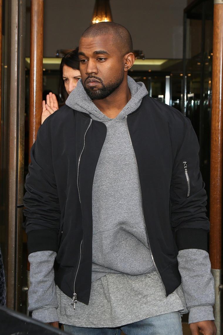 Image: Celebrity Sighting In Paris