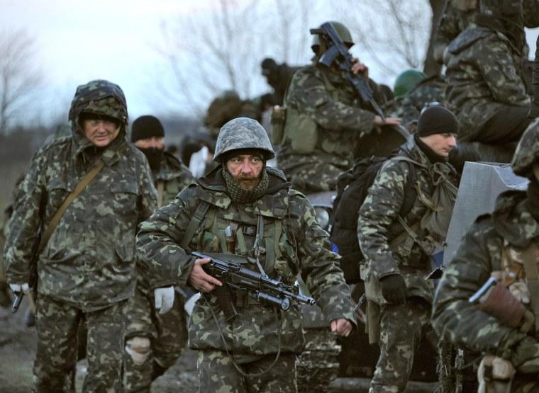 Image: Ukrainian troops on the way towards Slovyansk