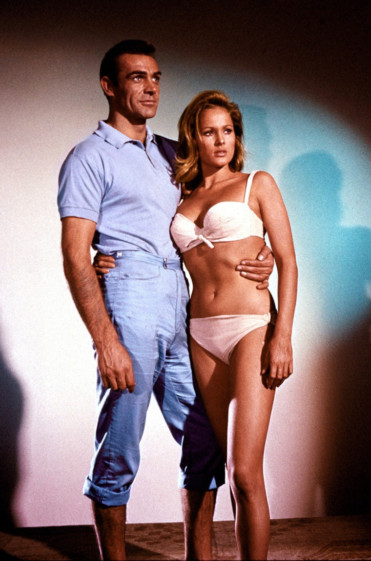 DR. NO, Sean Connery, Ursula Andress, 1962.