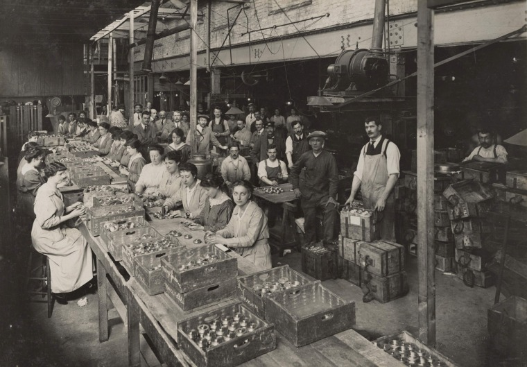 Image: A view of women working at the Brewery Road Works munitions factory in this 1916 handout picture
