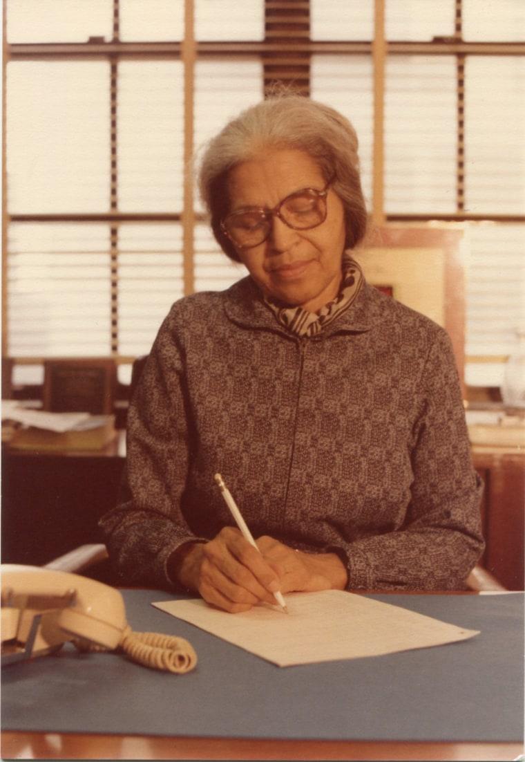 Image: Rosa Parks at work, Office of Congressman John Congers, 1985