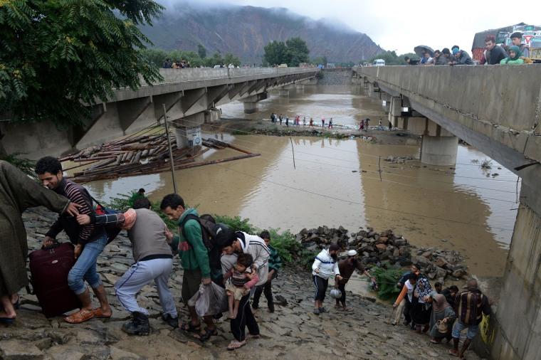 Image: TOPSHOTS-INDIA-KASHMIR-WEATHER-FLOOD