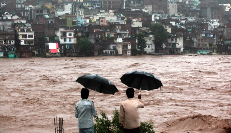 Image: TOPSHOTS-INDIA-KASHMIR-FLOOD