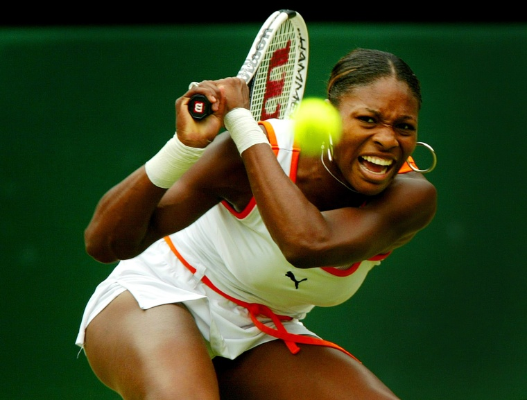WILLIAMS OF THE U.S. RETURNS TO SISTER VENUS IN THE WOMEN'S SINGLES FINAL AT WIMBLEDON.