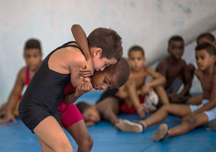 Young Cuban Wrestlers Aspire For Gold