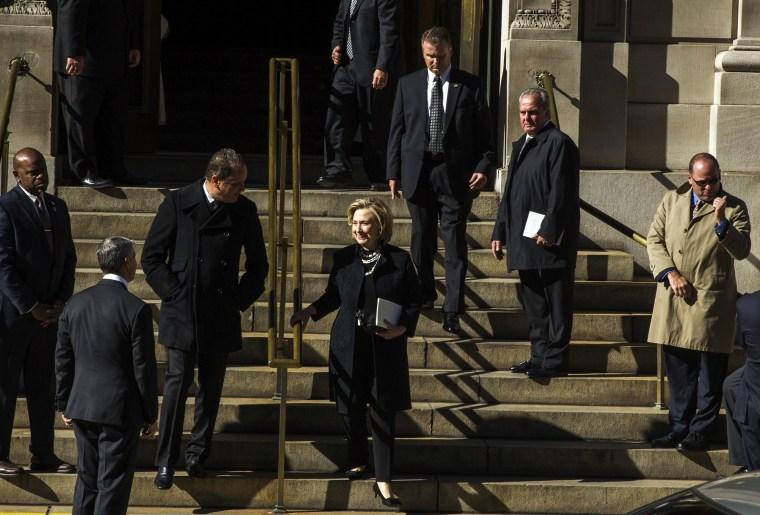 Image: Former U.S. Secretary of State Hillary Clinton departs a memorial service for fashion designer Oscar de la Renta in New York