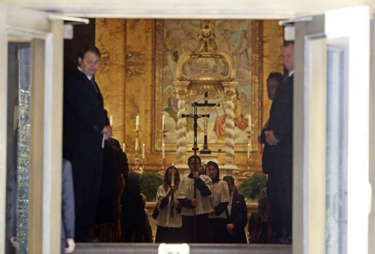 Image: Funeral of Dominican-born US designer Oscar de la Renta
