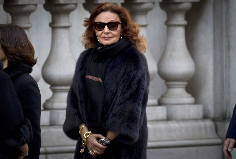 Image:  Diane von Furstenberg arrives at St. Ignatius Loyola church for fashion designer Oscar de la Renta's memorial service in the Manhattan borough of New York