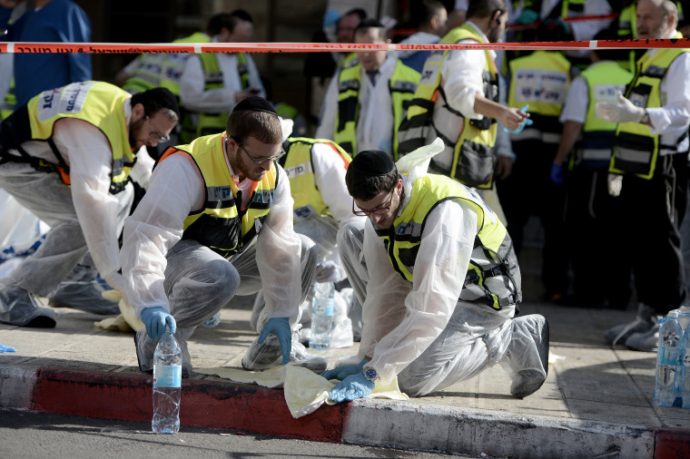 Image: Four killed in Jerusalem synagogue attack