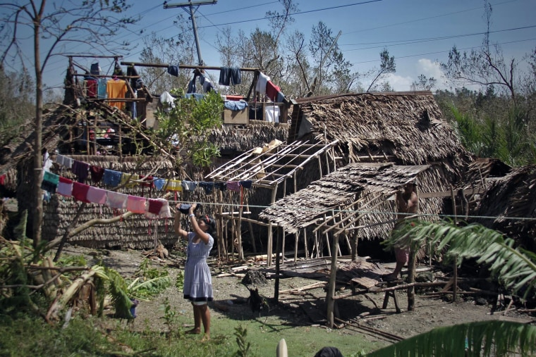 Image: TOPSHOTS-PHILIPPINES-WEATHER-STORM