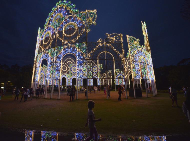 Image: SINGAPORE-FESTIVAL-CHRISTMAS