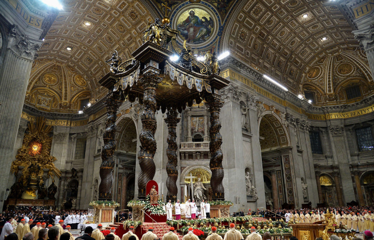 Image: VATICAN-CHRISTMAS-POPE-ITALY