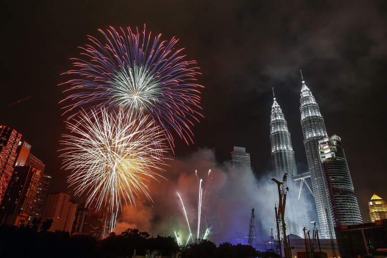 Image: Fireworks in Kuala Lumpur on New Year 2015