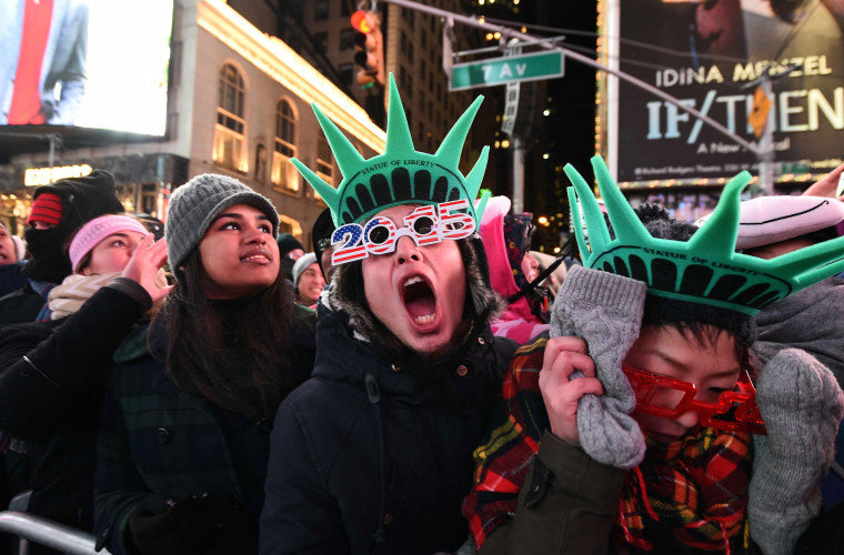 Image: US-NEW-YEAR-TIMES SQUARE