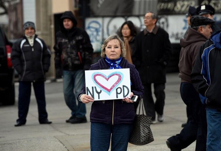 Image: US-CRIME-POLICE-MEMORIAL