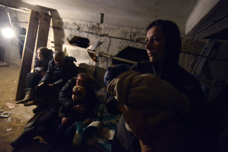Image: TOPSHOTS-UKRAINE-RUSSIA-CRISIS-POLITICS-MILITARY