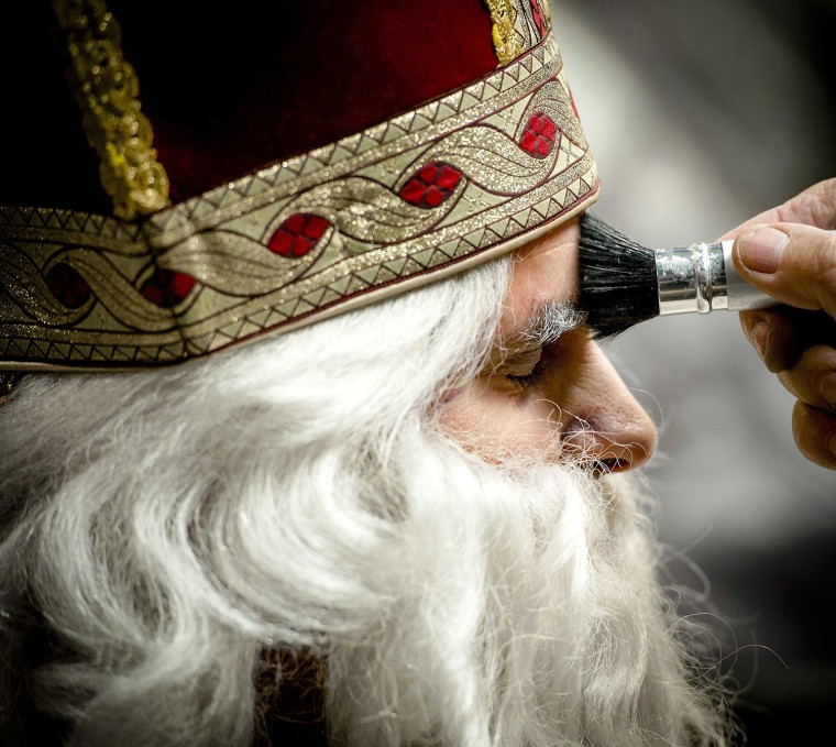Image: Saint Nicolas day preparations.