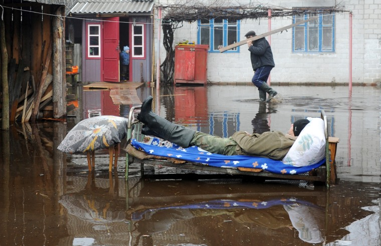 Image: TOPSHOTS-BELARUS-FLOOD