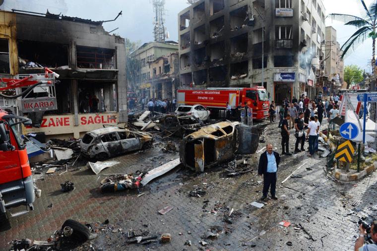 Image: Explosions in Reyhanli near of Turkey- Syria border