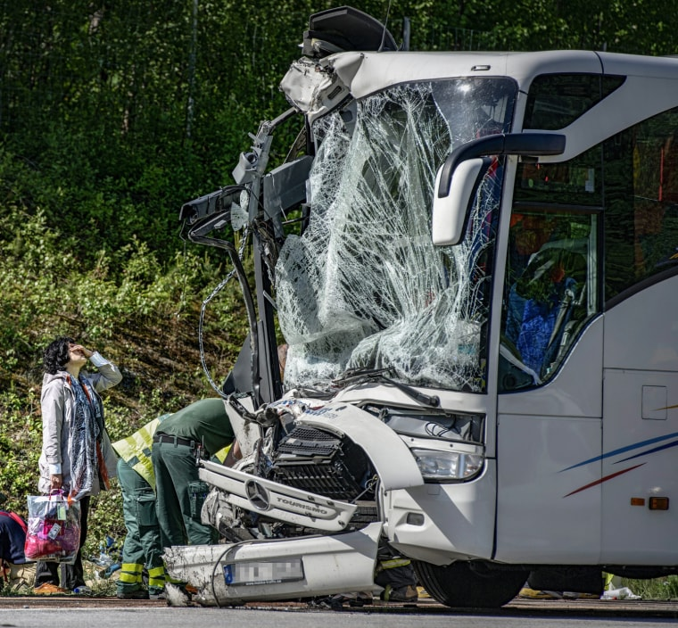 Image: SWEDEN-ACCIDENT-BUS