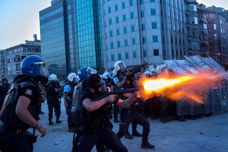 Image: Turkish Police Attempt To Clear Taksim Square Of Protestors