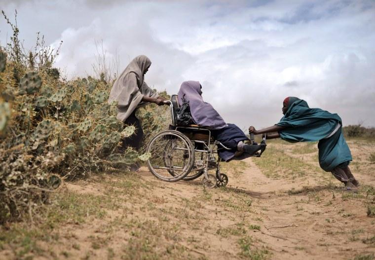 Image: TOPSHOTS-SOMALIA-UAE-UNREST-AID