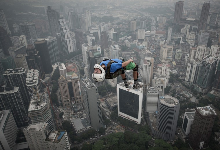 Image: MALAYSIA-LIFESTYLE-BASEJUMPING
