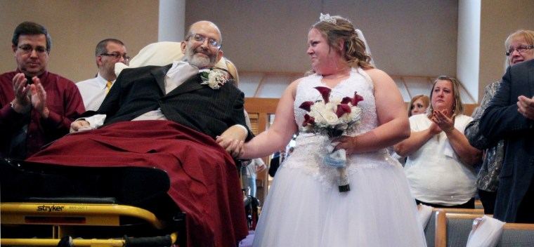 Image: TERMINAL CANCER PATIENT, SCOTT NAGY, MAKES IT TO HIS DAUGHTER'S WEDDING CEREMONY