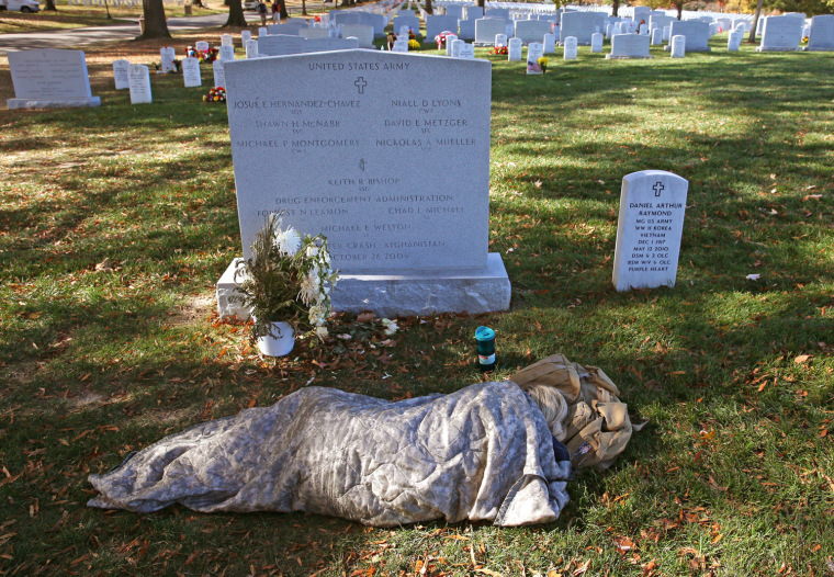 Image: Obama Participates In Observance Of Veterans Day At Arlington Nat'l Cemetery