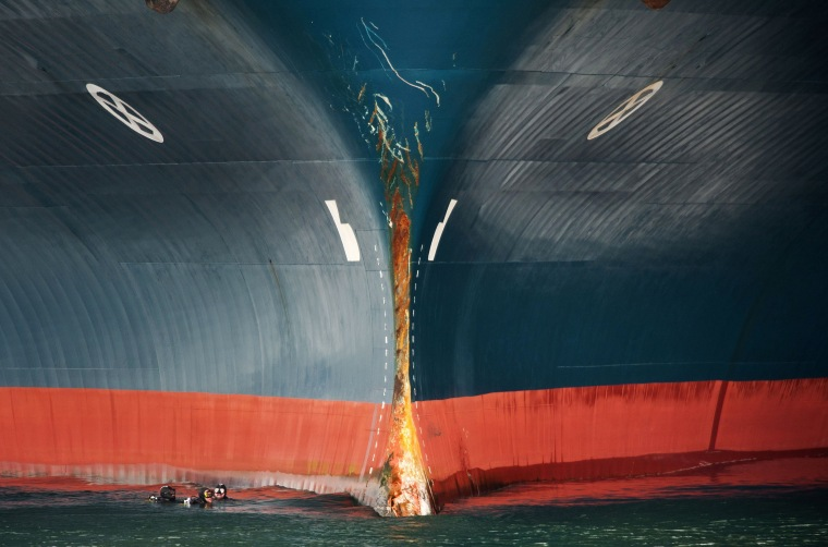 Image: SPAIN-ACCIDENT-TRANSPORT-SEA