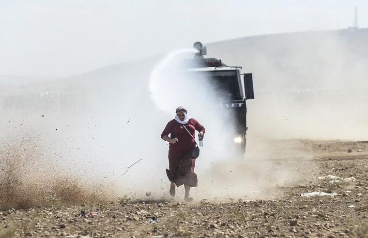 Image: TOPSHOTS-TURKEY-IRAQ-SYRIA-CONFLICT-KURDS-REFUGEES