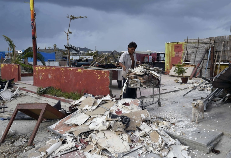 Image: TOPSHOTS-MEXICO-HURRICANE-ODILE-AFTERMATH